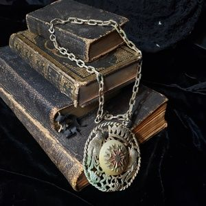 Antique necklace with a large pendant!